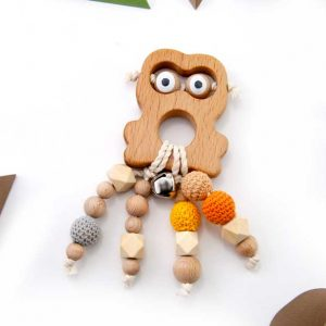 frog-wooden-rattle-wooden-teether-colorful-baby-accessoires-pacifier-chain