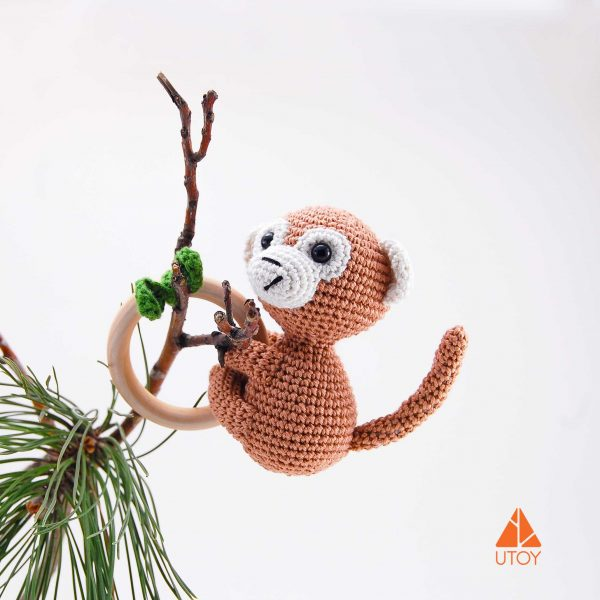 monkey-chrochet-rattle-baby-toy