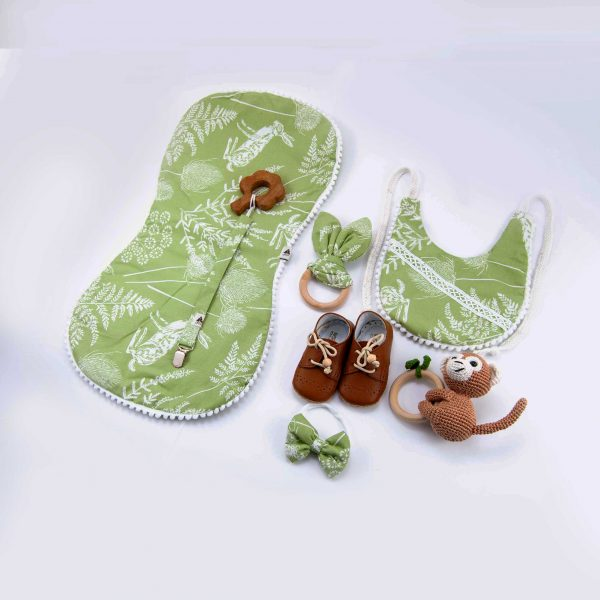 Green, Baby gift set, baby clothes, baby gift, newborn, baby accessoires, wooden teether, baby bibs, rattle, pacifier dummy, wooden toy