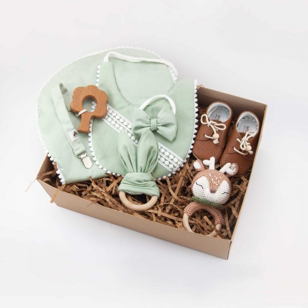 Baby gift set, baby box, baby clothes, baby gift, new born, wooden teether, baby bibs, rattle, pacifier dummy, wooden toy, leather baby shoes