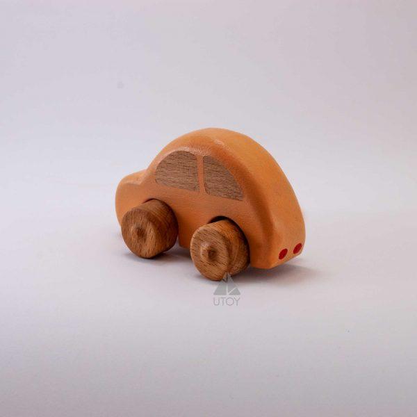 turuncu ahşap araba